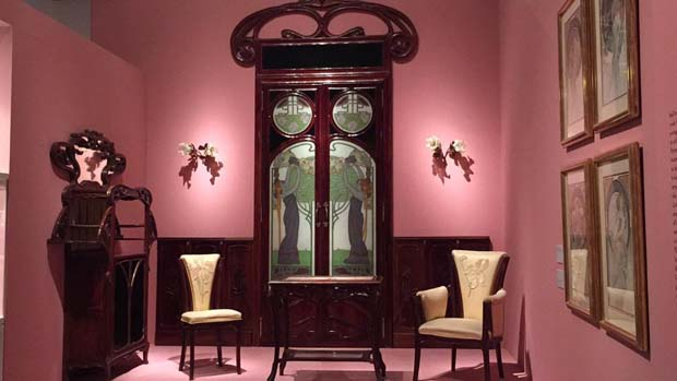 Alfons mucha e le atmosfere art nouveau arriva al for Arredamento art nouveau