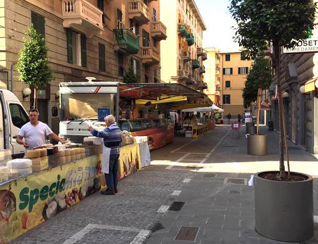 mercato cornigliano