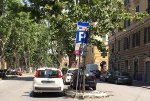 parcheggio area blu