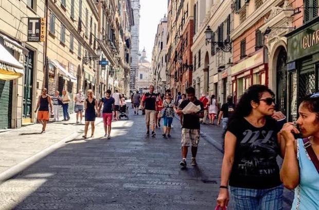 via san lorenzo turisti