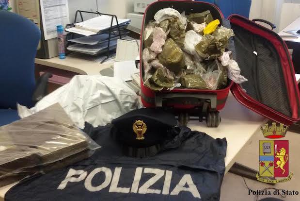trolley, droga, sequestro, polizia
