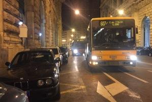 Bus 607 serale doppia fila