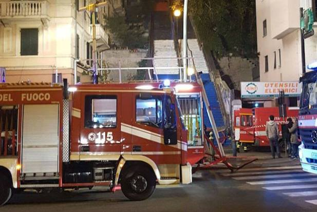 incendio-scalinata-montaldo