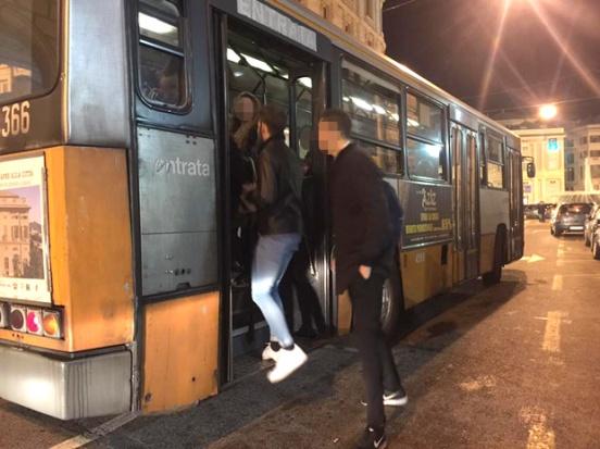 salita-bus-notturni-movida