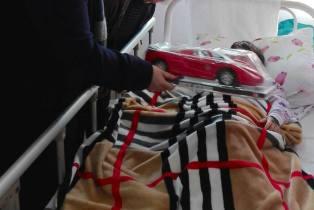 Associazione l'altra sponda dell'Adriatico regali bimbi albanesi