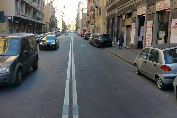 auto in doppia fila