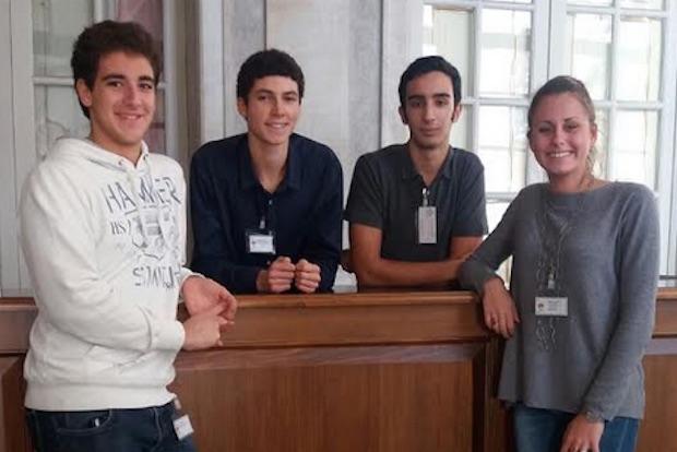 studenti-king-palazzo-reale