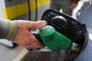 benzina distributore pompa