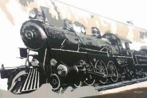 murales-treno-rossi